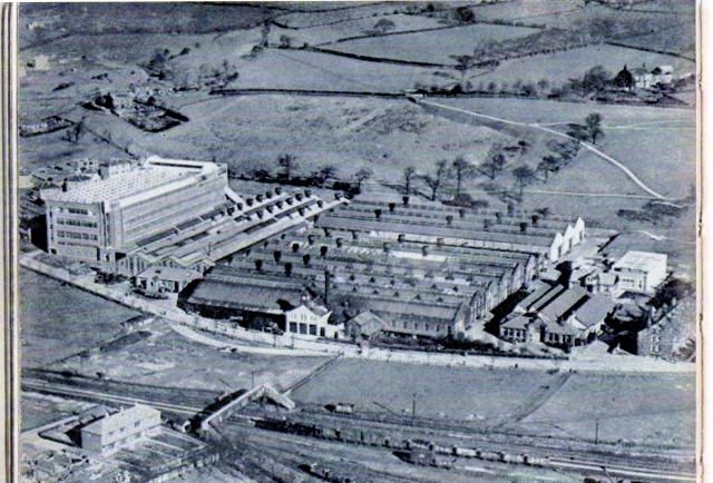 Picture from 1930's clearly shows the path along the bottom of the Park.